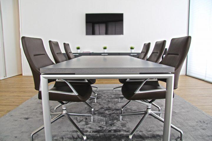 moderne b roeinrichtung kreatives b rogeb ude von designscape. Black Bedroom Furniture Sets. Home Design Ideas