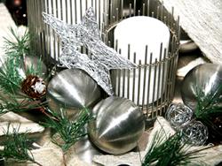 Moderne, puristische Weihnachtsdeko