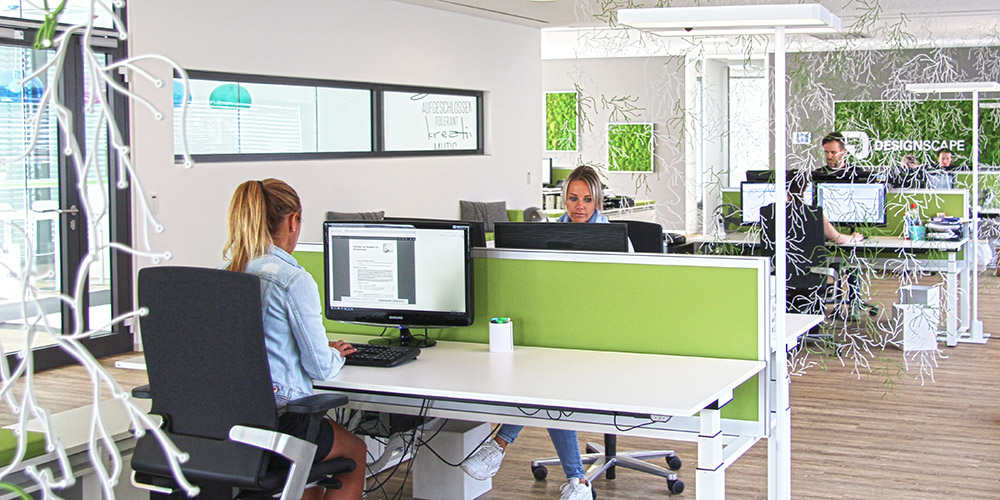 Einblick ins Büro von Dekoration.de