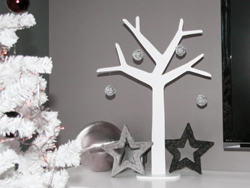 Weihnachtsdeko In Silber Und Weiß.Puristische Weihnachtsdeko In Silber Und Weiß Dekoration De