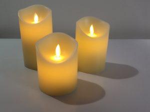 Warmweißes LED Kerzenlicht